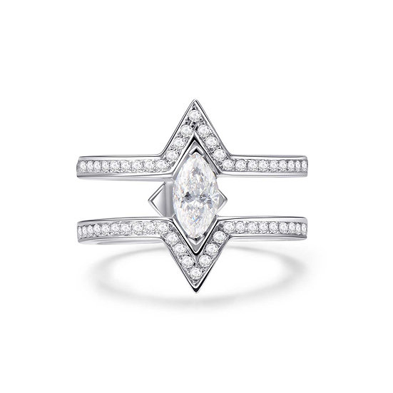 Maya Yuen - Delta La Louvre ring (Marquise)