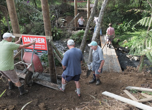 Wairoa Stream Walkway - New bridge gets Council approval and first concrete is poured