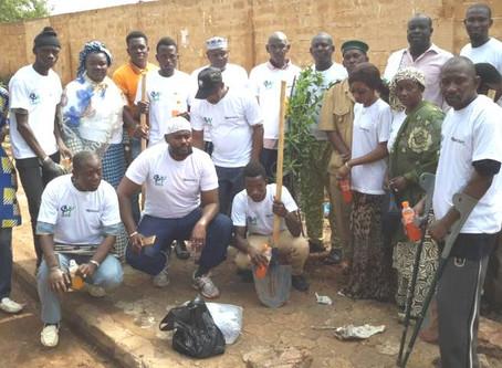 Le réseau du Mali lors de la journée de plantation d'arbres en images