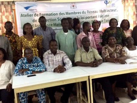 Les membres du réseau multi-acteurs du Faso à l'école de la loi portant régime d'assurance m