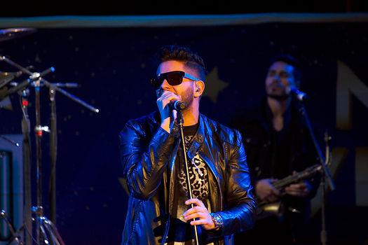 Drey-C live on stage nye shows