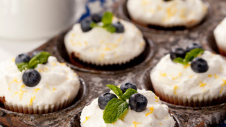 COMPANY'S COMING CUPCAKES COOKBOOK BLUEBERRY