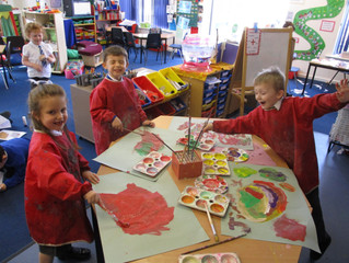 Easter-time Fun!                                    Ladybirds really enjoyed painting their own East