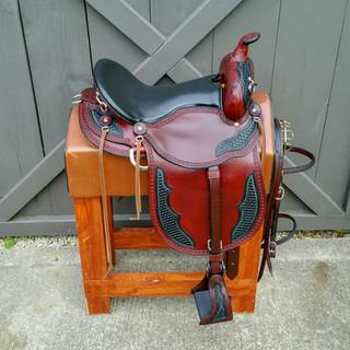 Eli Miller Trail Saddle (Chestnut - Double Oil)