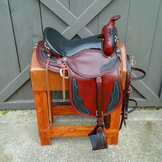 Eli Miller Trail Saddle (Chestnut - Double Oil)