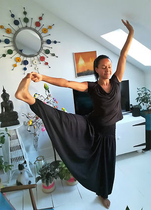 Yoga at Marieke's.jpg