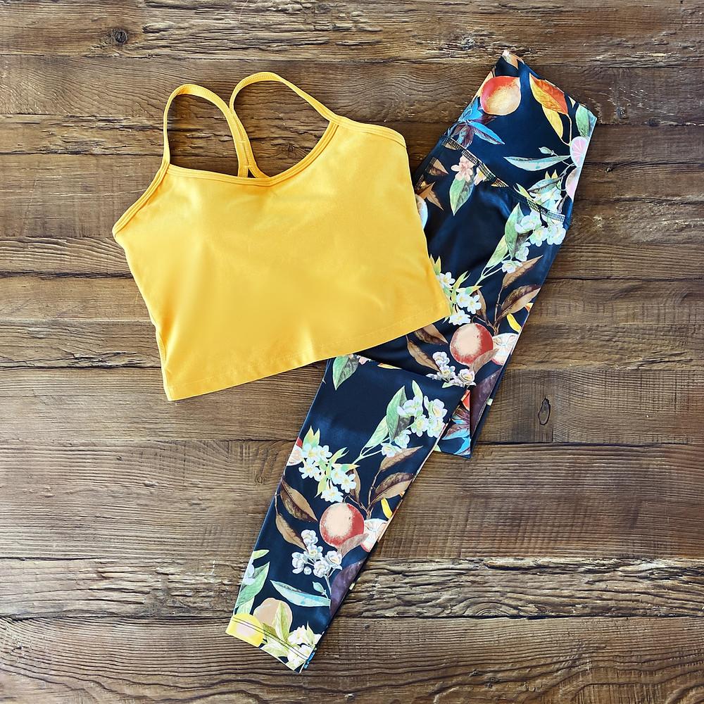 Yoga Fashion - Best Bra & Legging Sets 2021 - Patterned Leggings & Racerback Cropped Tank