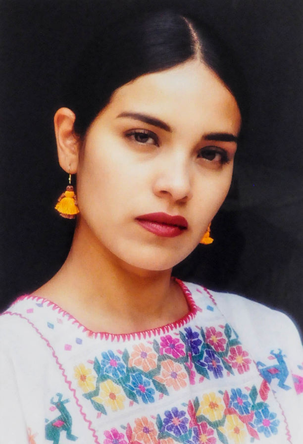Ariel Mendoza Baños (Oaxaca, Mexico). Portrait of Gabriela Campos. Chromogenic print.