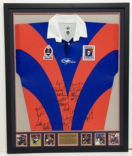 Newcastle Knights 2004 Jersey ~ RL44