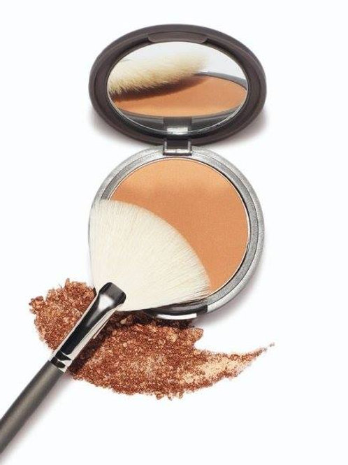 MUD Bronzer in Endless Summer