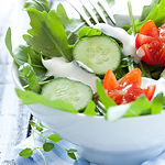 Garden-Salad-with-Blue-Cheese-Dressing-c