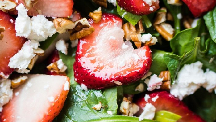 Fresh Strawberry & Baby Spinach Salad topped with Candied Pecans and ...