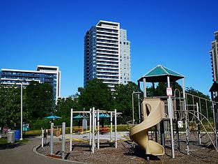 Legacy park 7890 Bathurst Thornhill.jpg