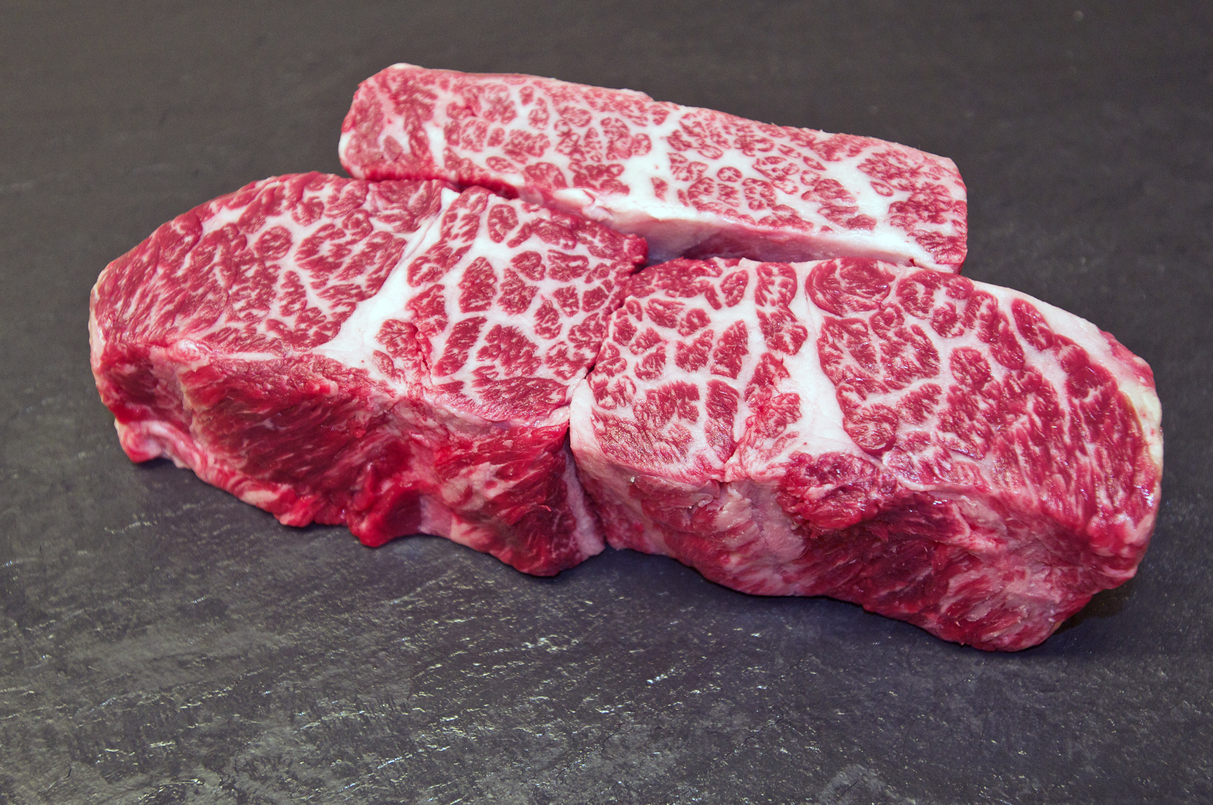 wagyu_boneless_shortribs_1_2