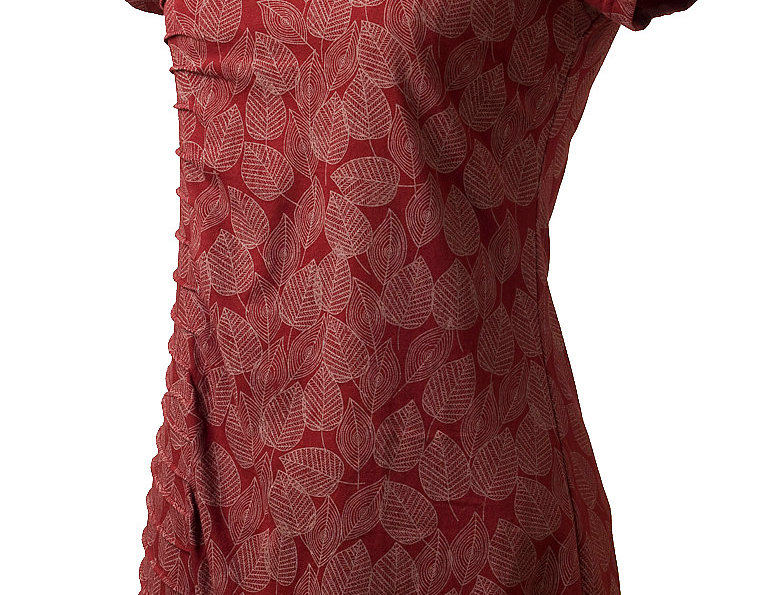 short sleeve round neck knee length A-line dress-pleat-like stitching down right side small leaf print light red-dark red