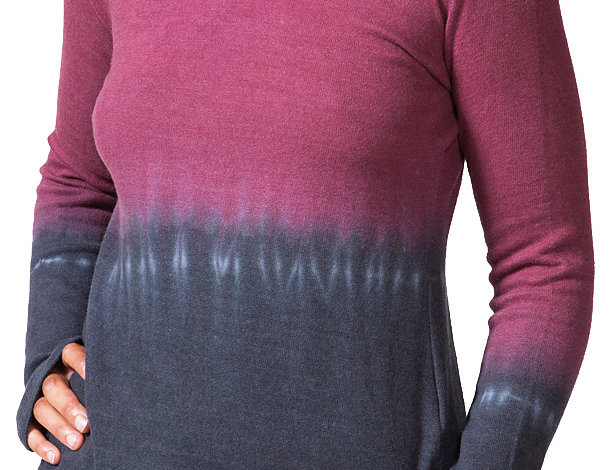 Front view of model wearing long sleeve round neck top upper half burgundy-lower half gray