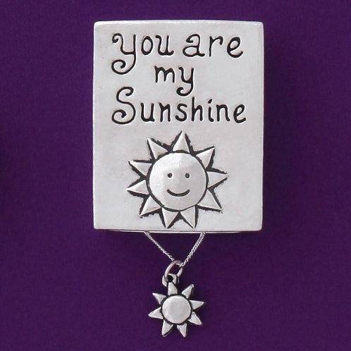 Basic Spirit Pewter Sunshine Wish Box with Sun Necklace, closed