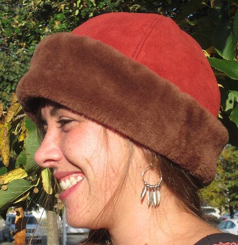 Classic Sheepskin Hat - Rosso
