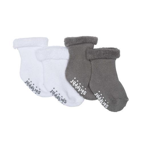 2 pairs of fleecy infant socks-1 white-1 gray