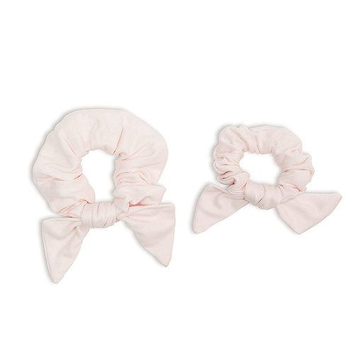 2 pink hair scruchies