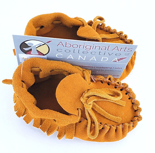 Pass the Feather handmade traditional Moccasins for babies- tan