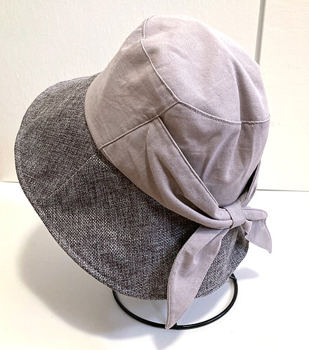 Two-toned gray shady sun hat on stand