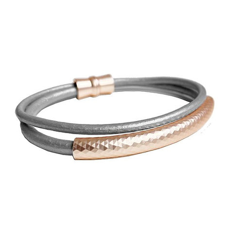 Double strand nude leather bracelet with rose-gold metal tube