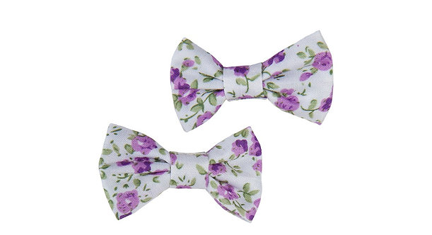 Set of 2 Pretty mauve & white floral print bow shaped hair clips.