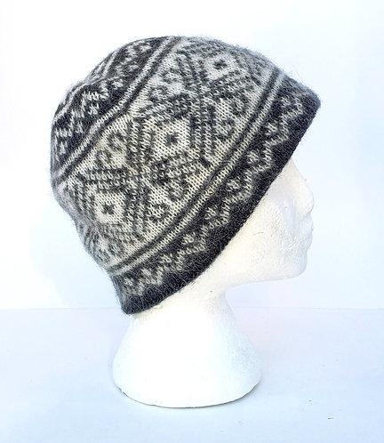 Gray & cream traditional pattern icelandic wool beanie-style toque