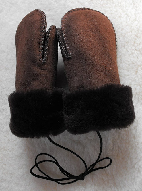 Back view of pair of brown cuffed sheepskin mitts