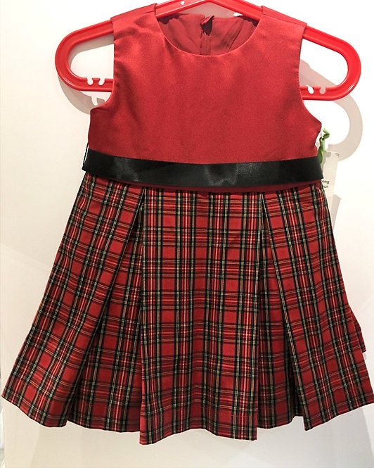 Front view of little girls dress sleeveless-red bodice-black sash waist-A-line red-green-black plaid-box pleats
