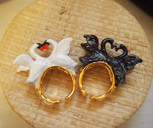 Love Swan Ring