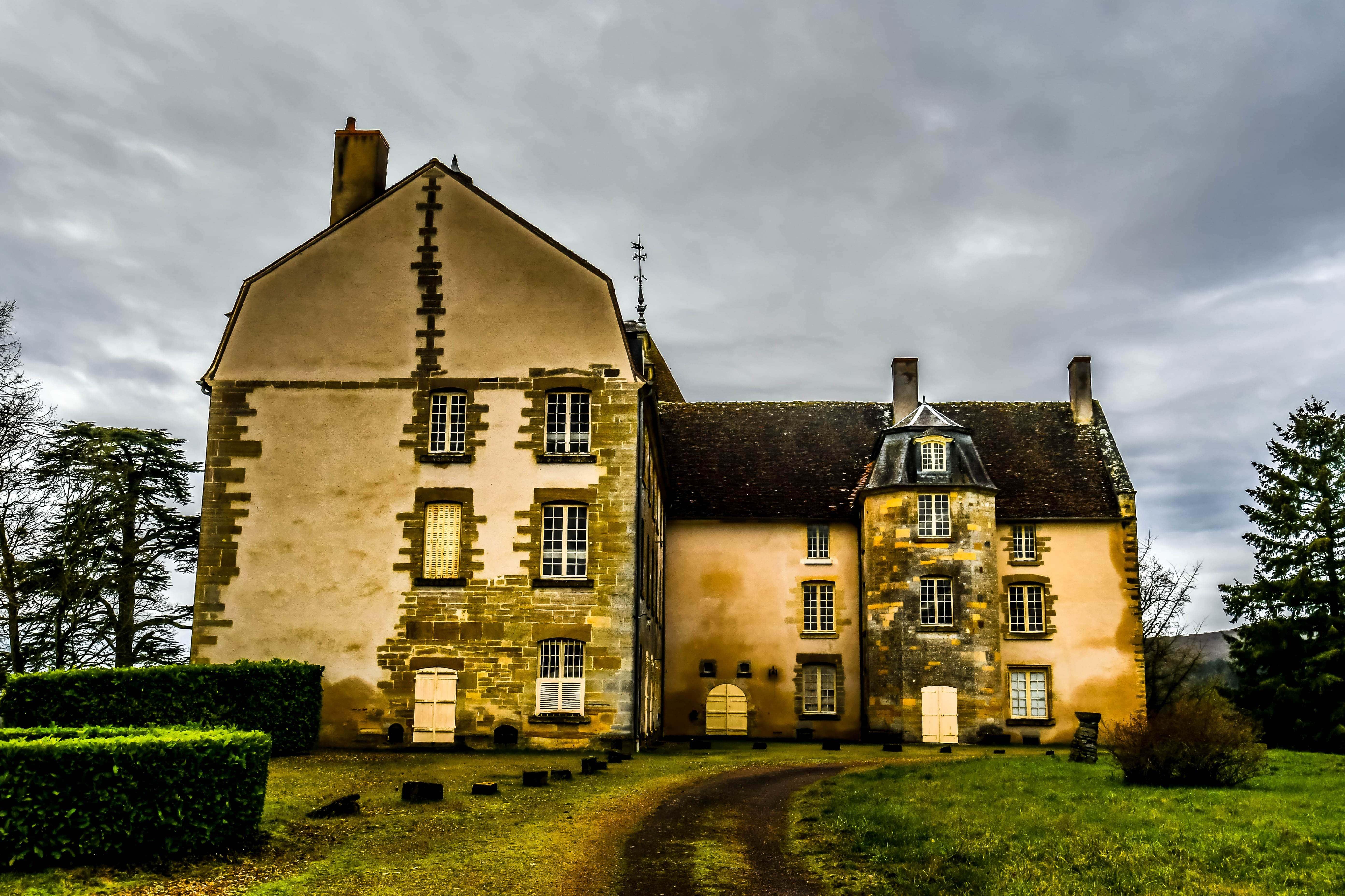 ChâteaudeDumphlun2-min