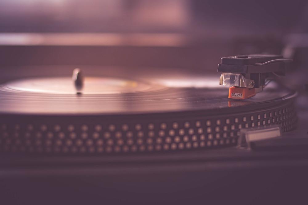 DJ oder Live-Band