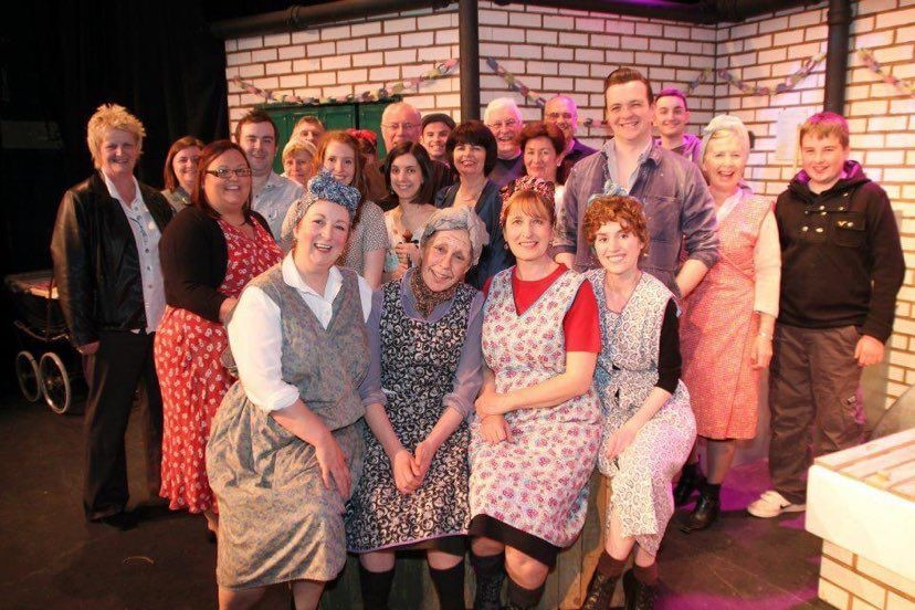 Largs Players Cast The Steamie