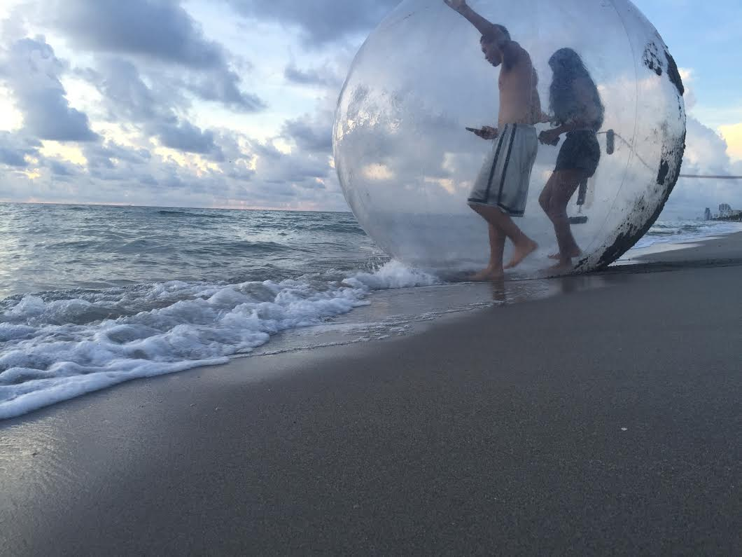 couple in double bubble