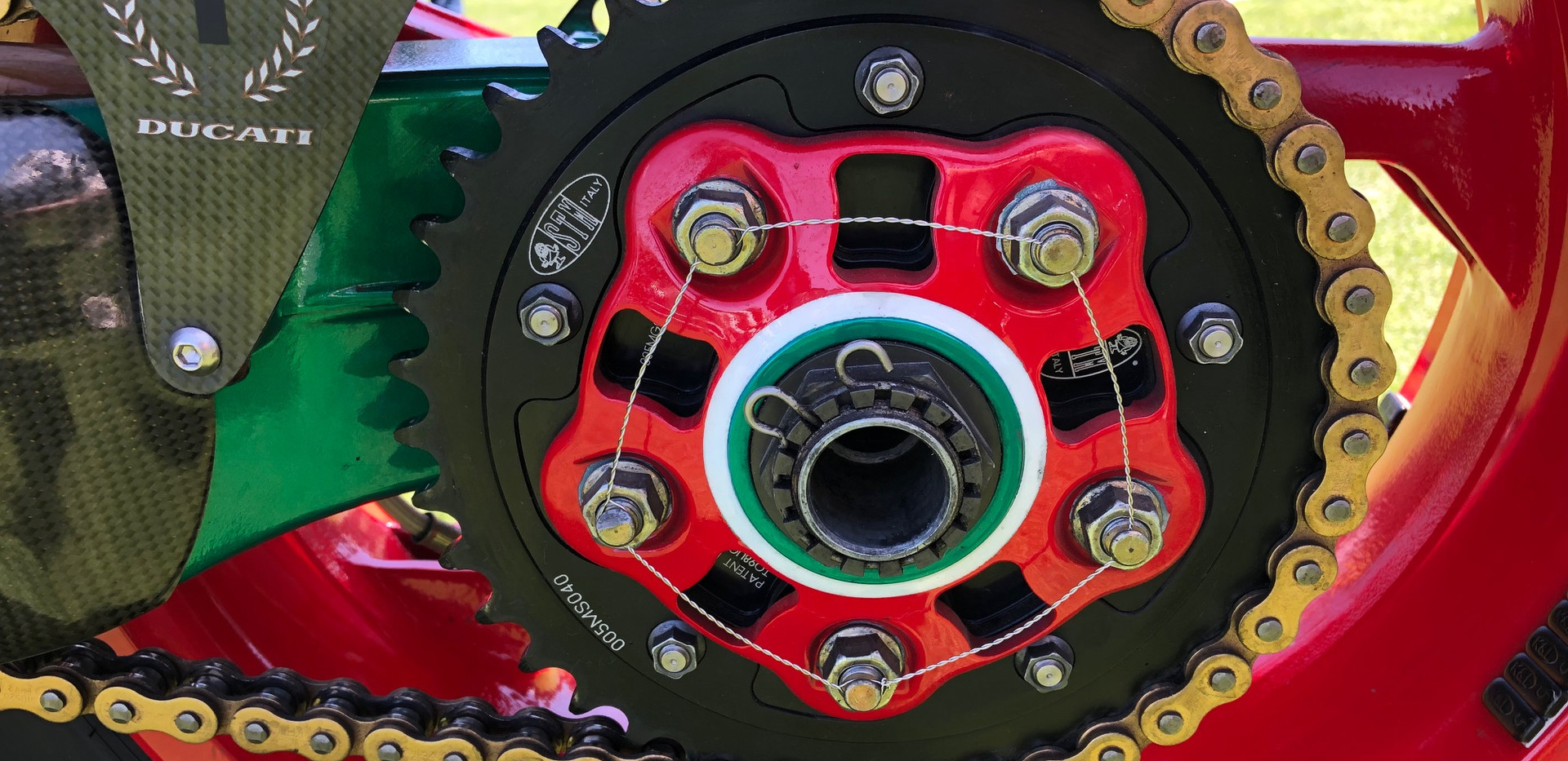 Moto Chain-Mate 8.jpg