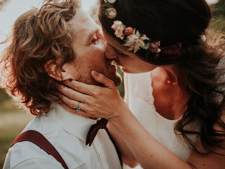 Mariage bohème dans une maison de famille dans le Jura