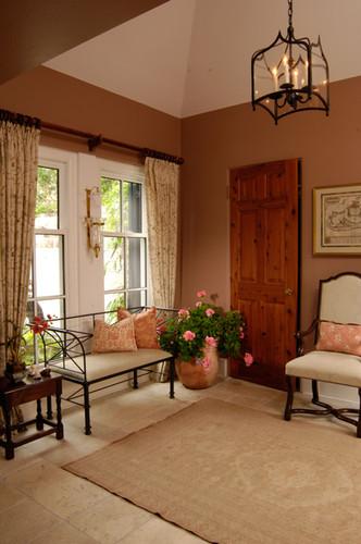 Entrance Hallway with door open_2.jpg