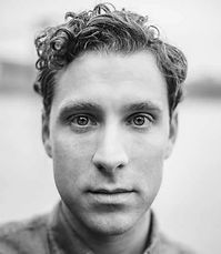Photographer Alberto HV shoots Stuart Williams Actor and Voiceover Artist NYC