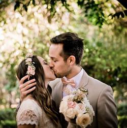 kaylin and jonathan kiss