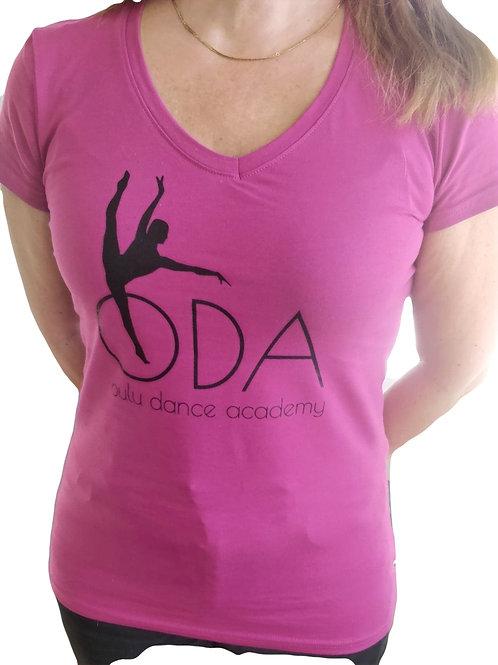 Naisten V-aukkoinen puuvilla t-paita ODA:n logolla