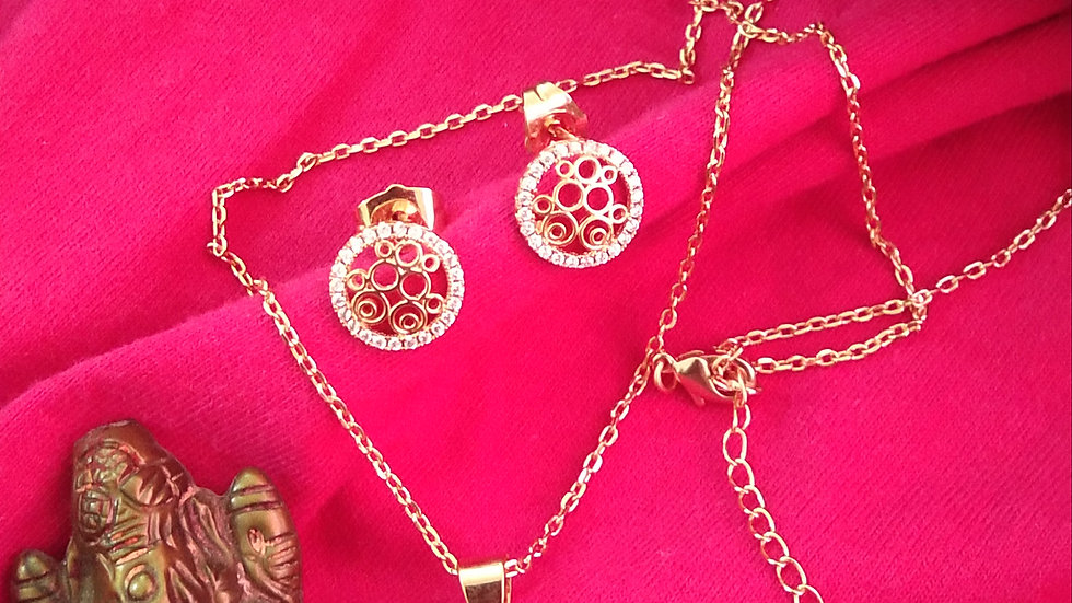 """Rose gold chain 18"""" with pendant set"""