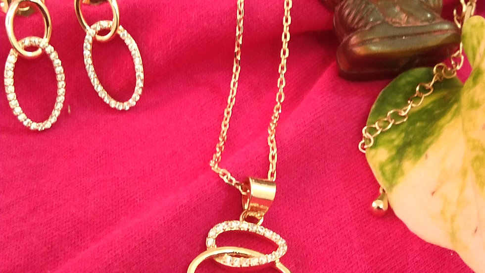 Rose gold chain with pendant set
