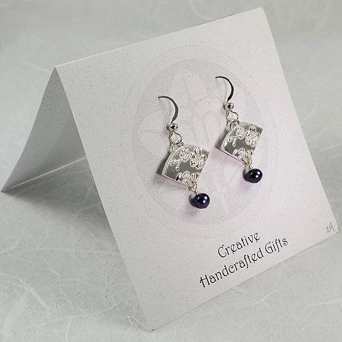 Small Fan Earrings