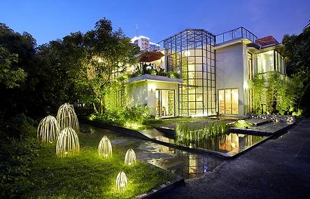 Outdoor Lighting Modern Pic website.jpg