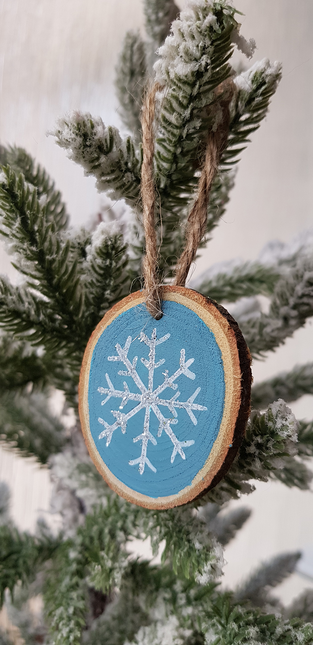 wood slice decoration