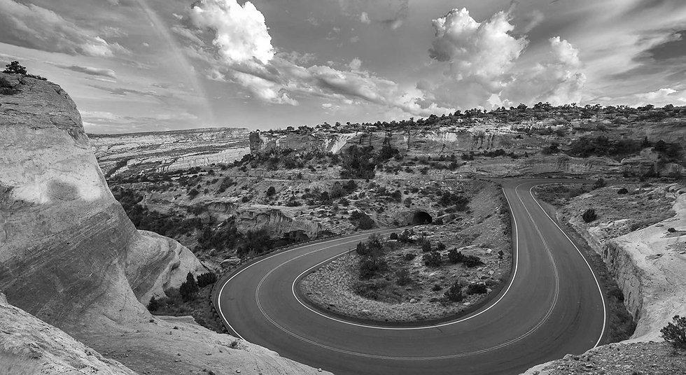 1 HERO_Curve- Colorado National Monument