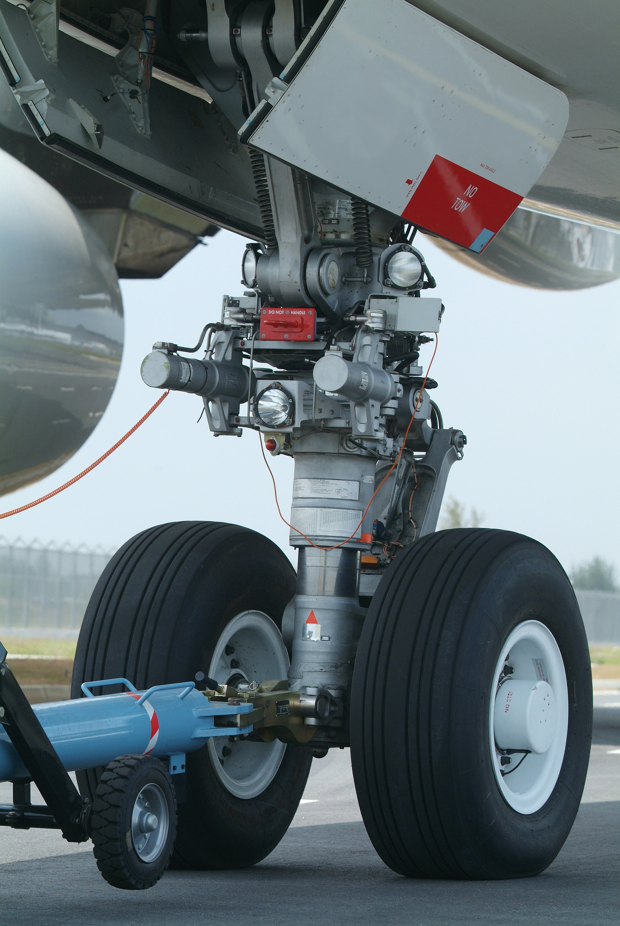 Landing Gear Cleaners