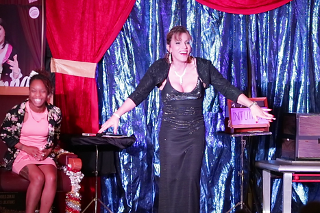 Zatanna Perth magician, illusionist, mentalist. Big illusion, assistant appears from the box. Best magic in Perth.